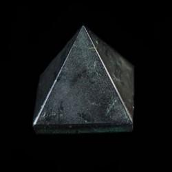 Toermalijn zwart pyramide